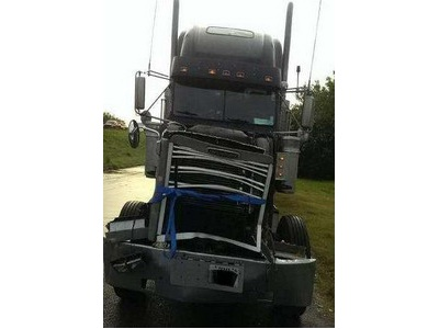 2000 Freightliner FLD Classic