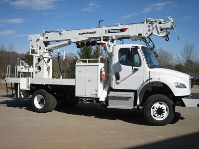 2016 Freightliner M2 106 with TEREX Digg