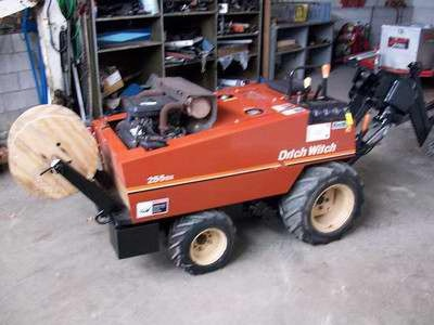 Ditch Witch 255SX 4X4 Cable Plow  Boring