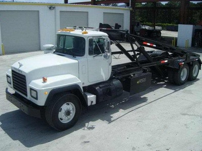 2001 Mack RD688S Roll Off Truck for Sale